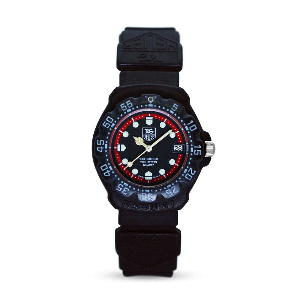 2bbd8087a26c Preowned Tag Heuer Professional 200m Black Rubber Strap Mens Watch